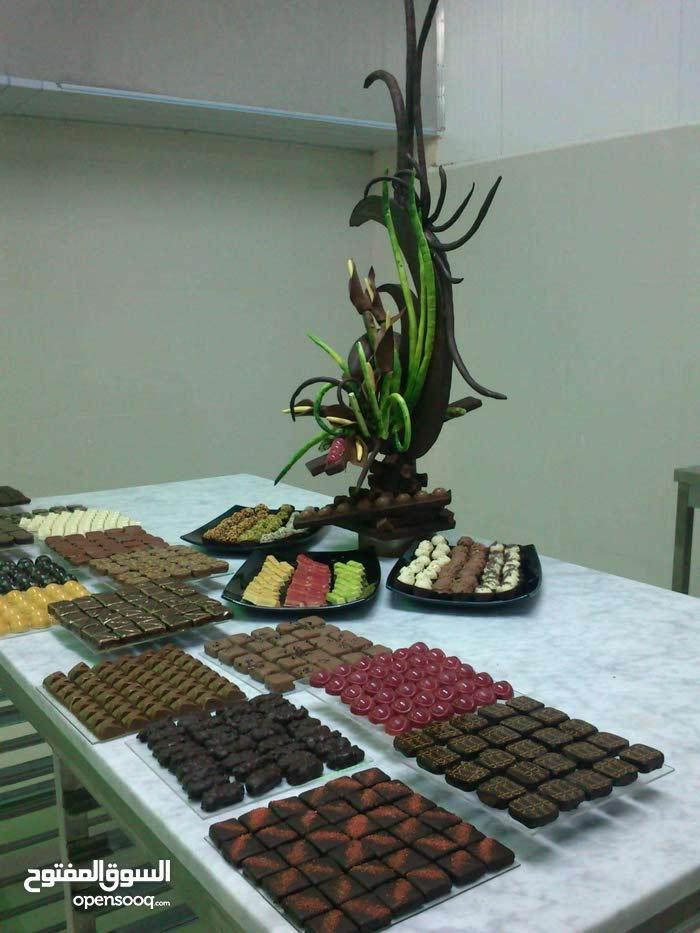 شيف حلويات عمومي ومدير مصنع