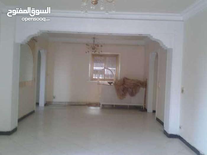 شقة سوبر لوكس للبيع من شارع مراد - الجيزة