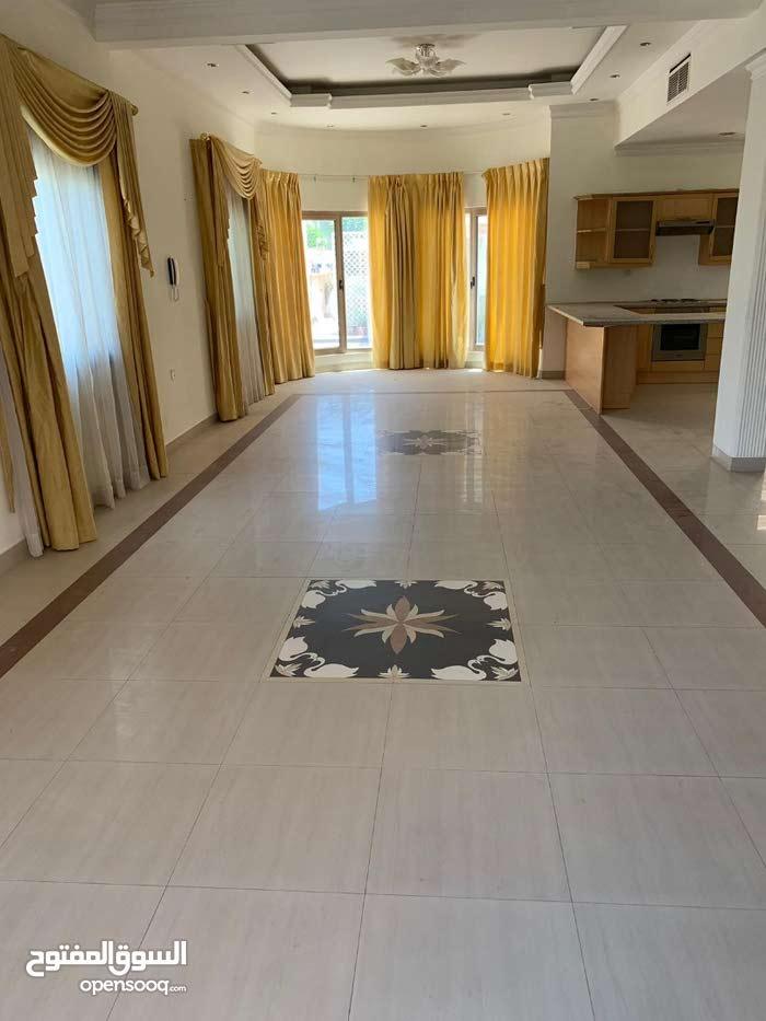 villa in compound in riffa