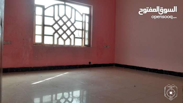 شقة ارضية للايجار في التحسينية