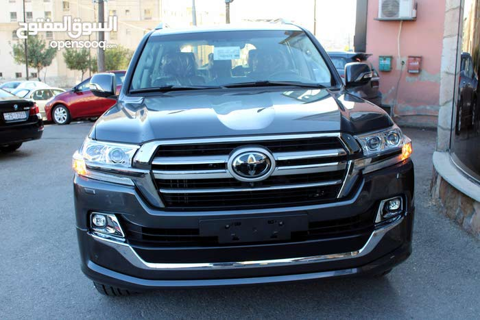 Automatic Black Toyota 2019 for sale