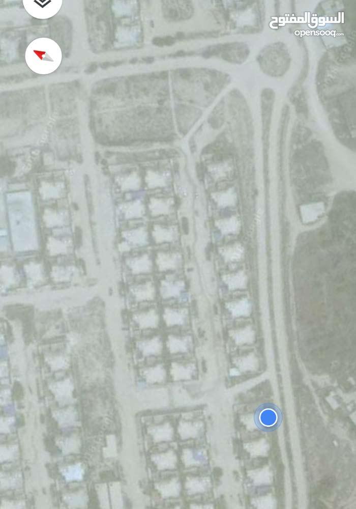منزل دور تاني في الوحدات السكنية سوق الخميس بجنب الكوبري