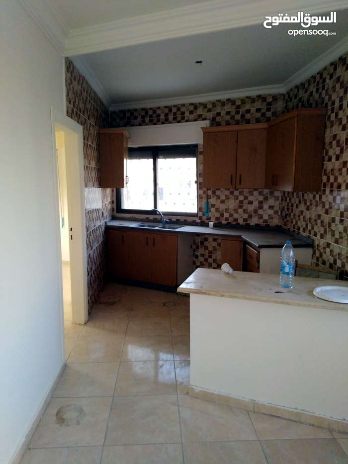 شقة جديدة كأنها لم تسكن شارع عبدالله غوشة روووف