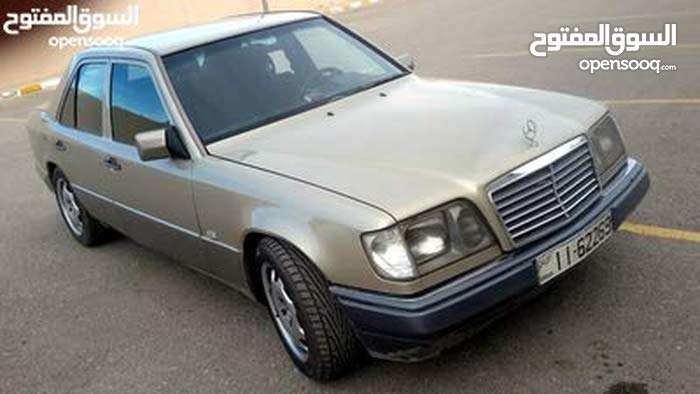 Best price! Mercedes Benz E 200 1995 for sale