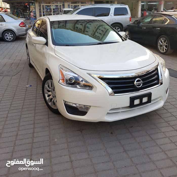 Nissan Altima in Sharjah