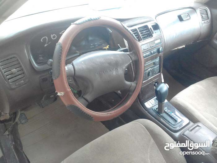 Used condition Toyota Mark X 1993 with 10,000 - 19,999 km mileage