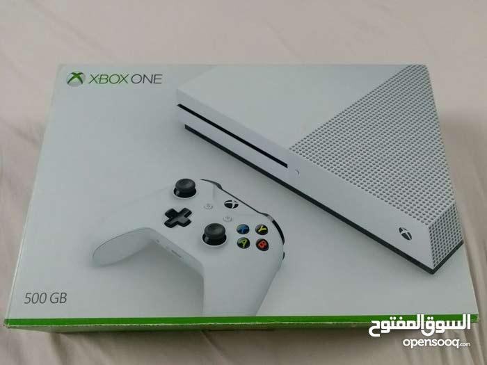 للبيع Xbox one 500 Gb الجديده