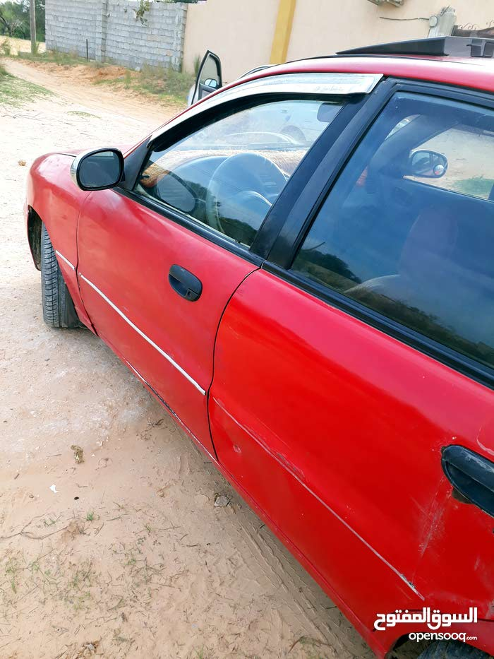 Automatic Red Daewoo 1996 for sale