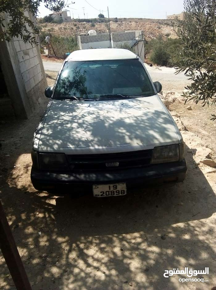 120,000 - 129,999 km Nissan Stanza 1982 for sale