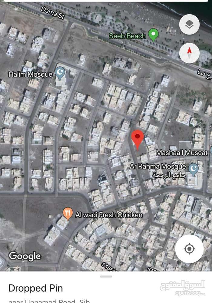 سور ال حديد//قريبه من الكورنيش\\موقع استراتيجي