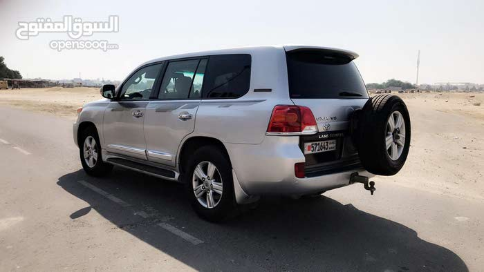For sale Toyota Land Cruiser car in Northern Governorate