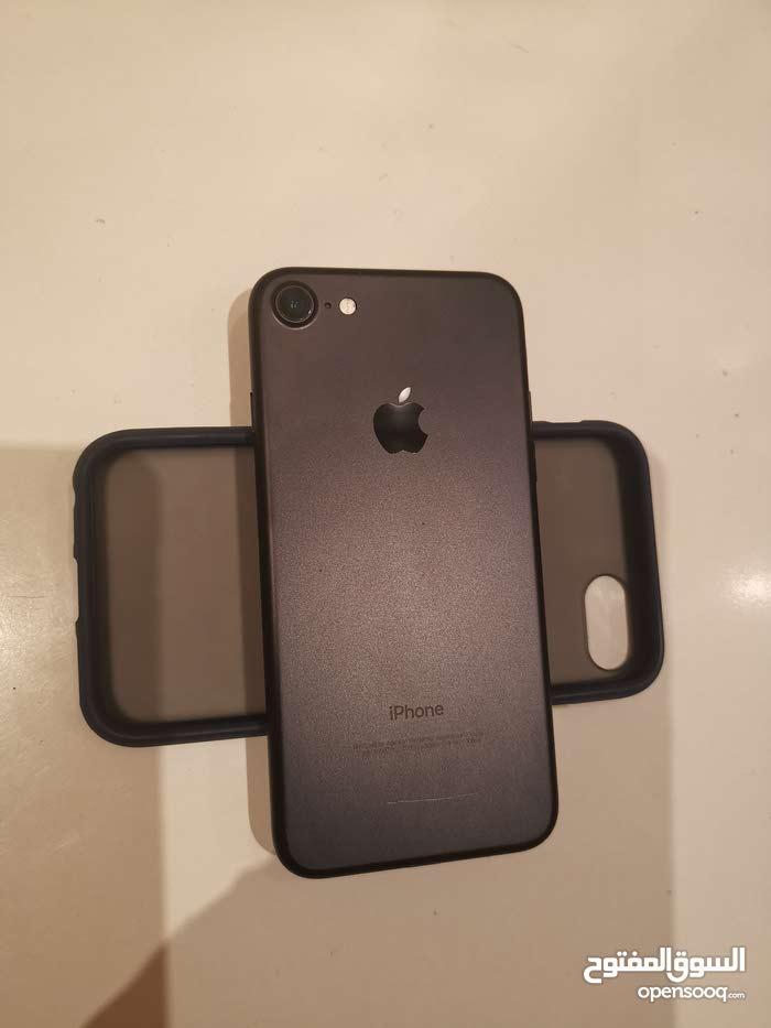 ايفون 7 32gb نظيف جدا ولم يفتح Apple iPhone 7 mobile