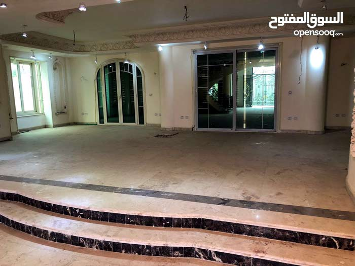 Abu Dhabi property for sale , building age - 6 - 9 years