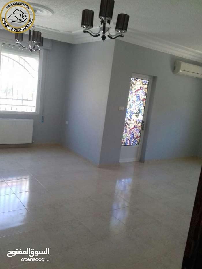 شقة مميزة للبيع في تلاع العلي طابق اول 180م بسعر مغري 80000