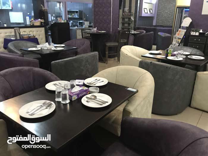 مطعم للبيع  - السرو- مقابل جامعة عمان الأهلية