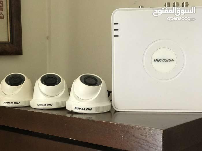 كاميرات مع جهاز تسجيل