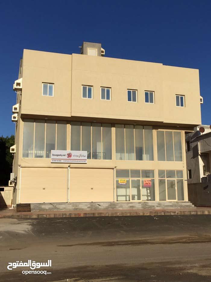 عماره تجارية للبيع شارع تجاري 32م غربي ، جده ابحر ظهيره عبدالمجيد ، حي الياقوت