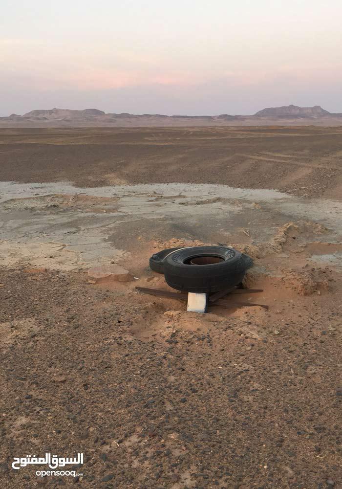 ارض زراعية على طريق عمان للاجار أو الاستثمار معقمة بالكامل يوجد فيها 2 بئر سطحي