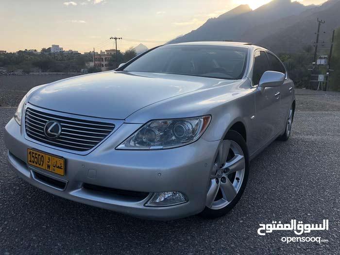 +200,000 km mileage Lexus LS for sale