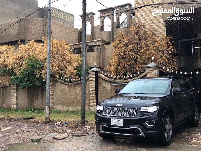 عقار تجاري للايجار او الاستثمار ساحة بيروت