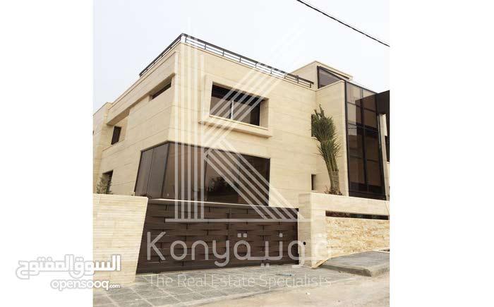 Villa in Amman Airport Road - Manaseer Gs for sale