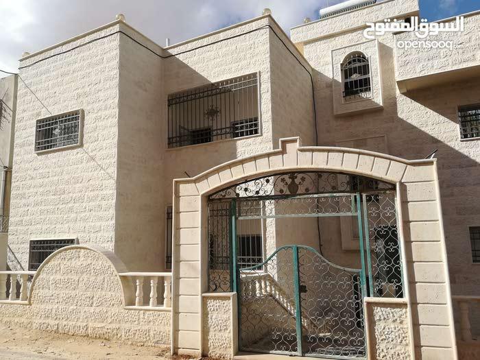 Third Floor apartment for rent in Zarqa