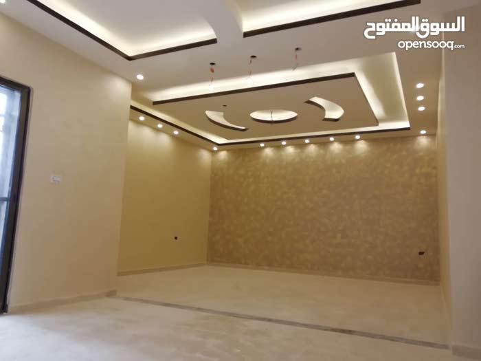 Best price 130 sqm apartment for sale in AmmanAirport Road - Manaseer Gs