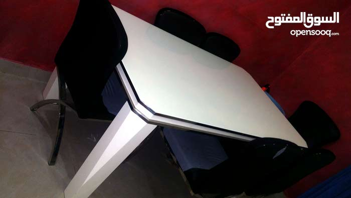 Available for sale in Jeddah - Used Tables - Chairs - End Tables