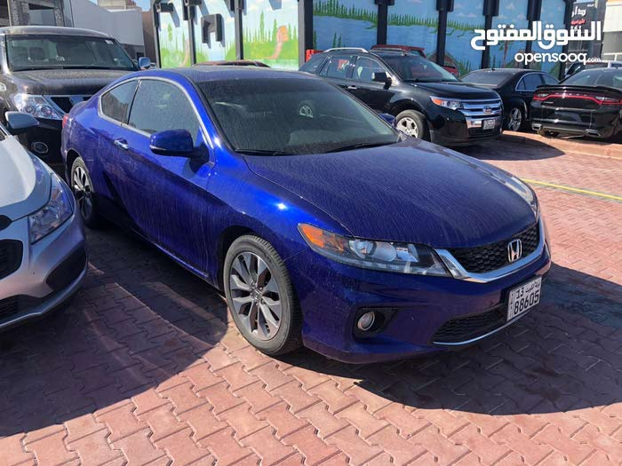 Honda Accord 2015 For sale - Blue color