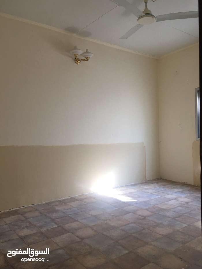 للايجار بيت في البسيتين من غرفتين