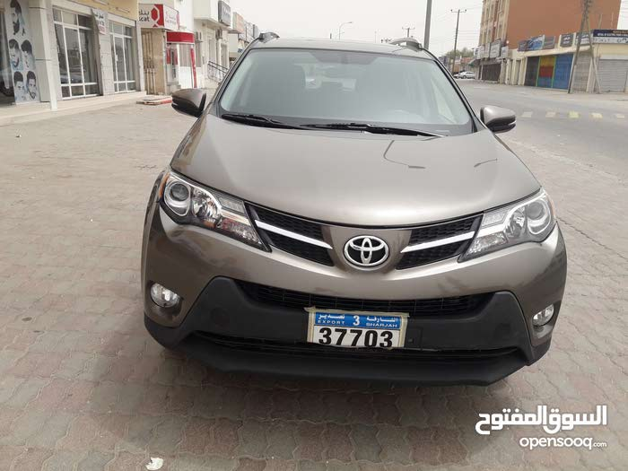Automatic Toyota 2015 for sale - Used - Seeb city