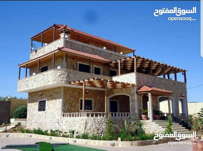 Brand new Villa for sale in JerashSoof