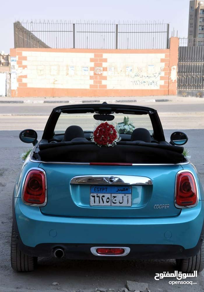 Automatic MINI 2019 for rent