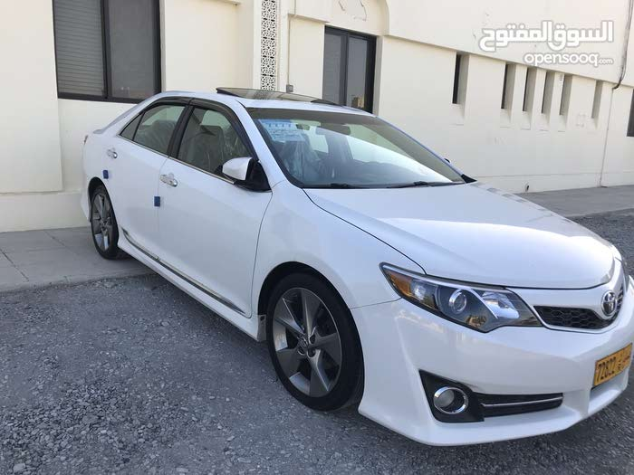 Automatic Toyota 2012 for sale - Used - Al Masn'a city