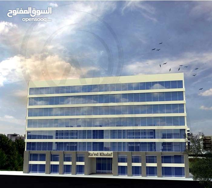 محل داخلي في مجمع تجاري 20 و 30 م للايجار عبدالله غوشة