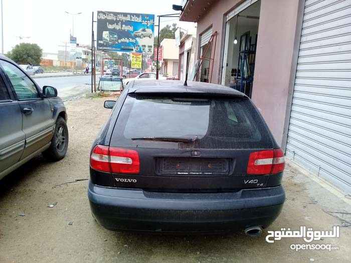 Manual Volvo 2003 for sale - Used - Tripoli city