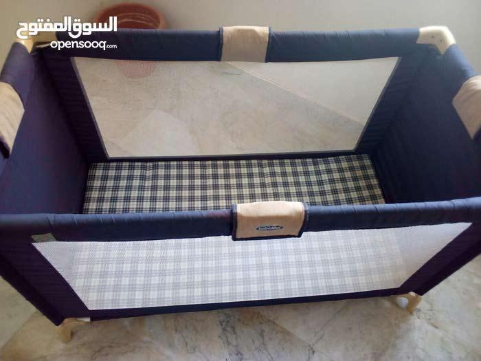 للبيع سرير وحباس اطفال ماركة البيع 200 دينار