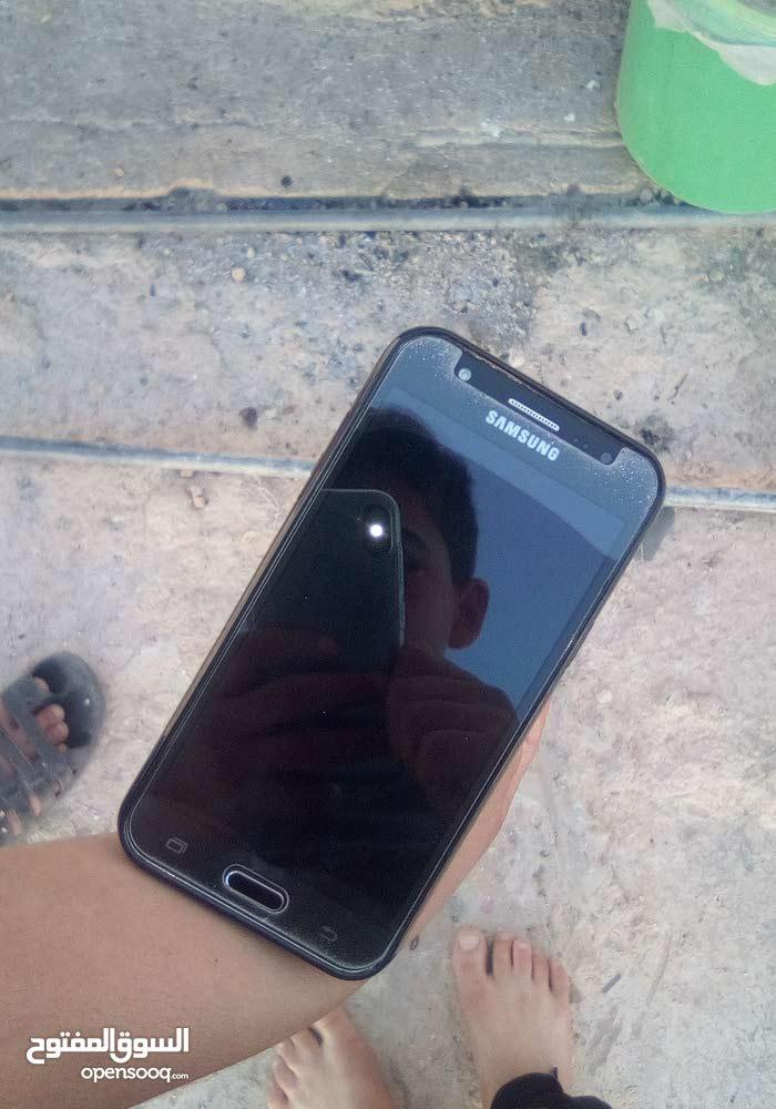 هاتف سامسنج J5 في حالة وكاله مستعمل شهر واحد بسعر قليل 55 دينار