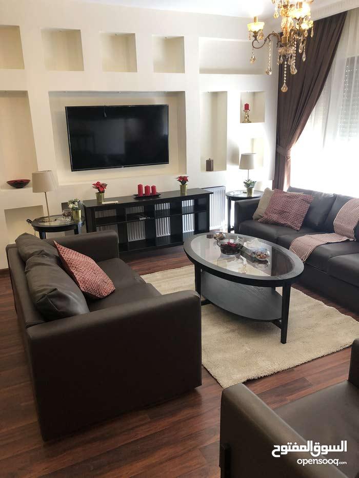 Om othayna brand new Ikea furniture