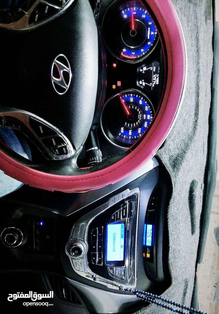 Hyundai Elantra 2013 - Manual