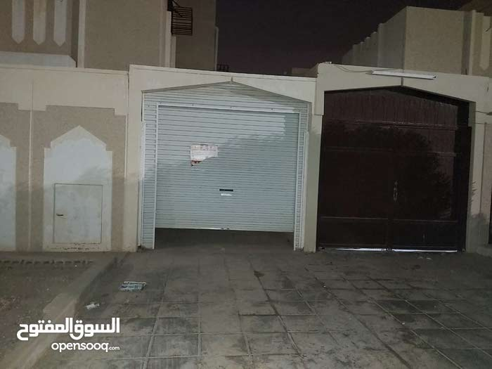 200 sqm Unfurnished apartment for rent in Buraidah