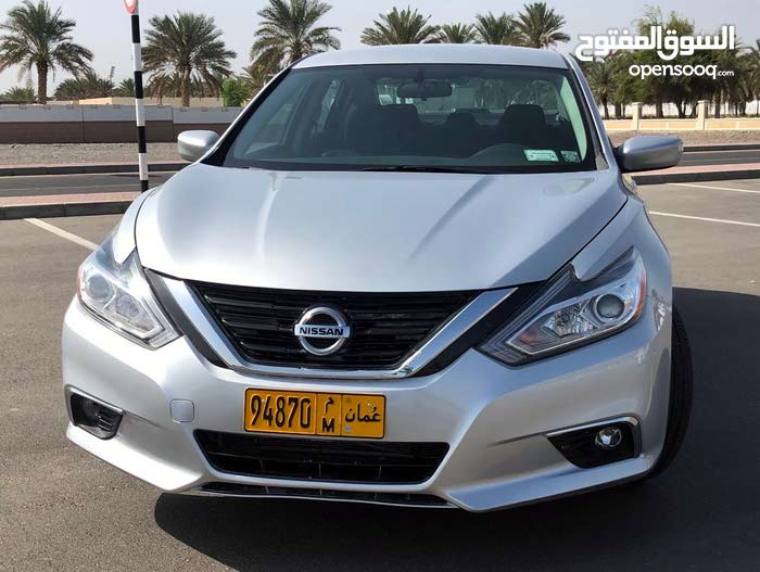 Used condition Nissan Altima 2017 with  km mileage