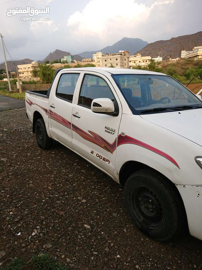 Manual Toyota 2011 for sale - Used - Jeddah city
