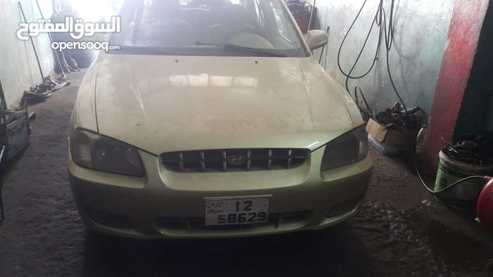 2000 Used Verna with Manual transmission is available for sale