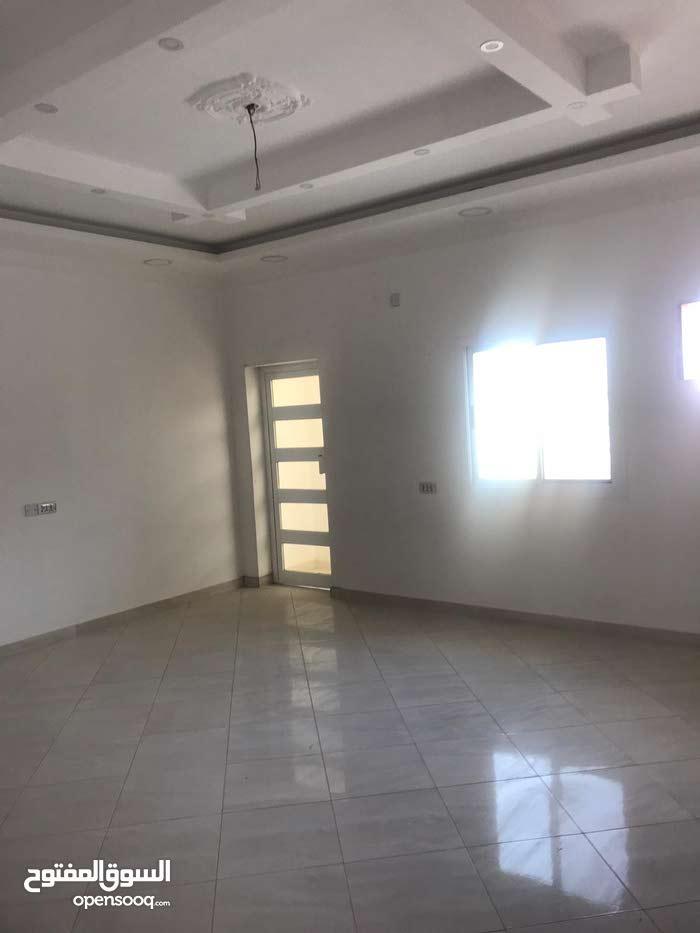 شقة 206م للبيع - مدينة حمد دوار 2 اللوزي
