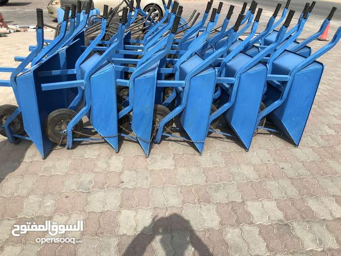 يوجد لدي عربانة يدوية إيرانية للبيع عدد 200 سعر وحده 16 for sale A han
