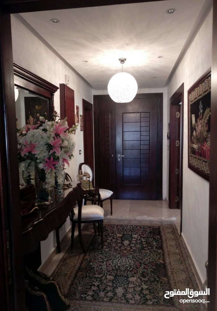 an apartment for sale in Amman Um Uthaiena