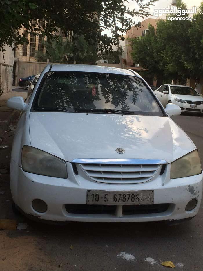 Used condition Kia Cerato 2005 with +200,000 km mileage