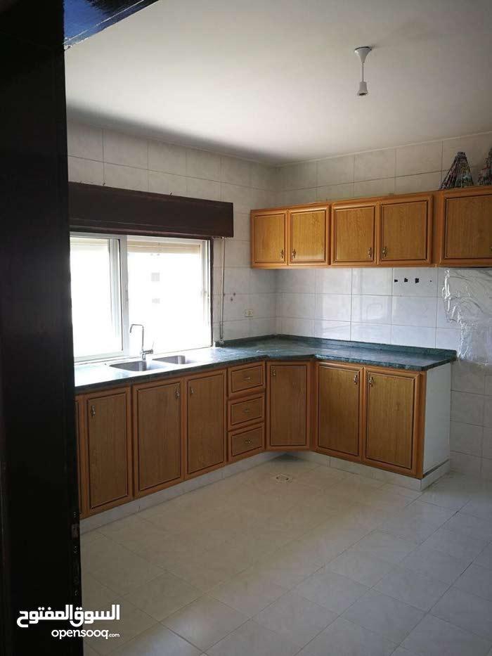 شقة للبيع من المالك مباشرة اربد - الحي الشرقي - خلف MK , جريل مارك