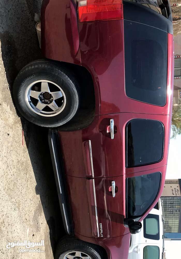 Automatic Maroon GMC 2008 for sale